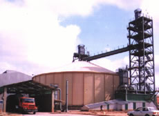 material handling in a silo system